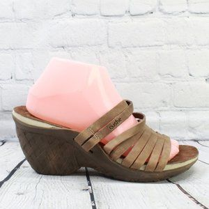 CUSHE Strappy Slip-on Wedge Sandals Size 9